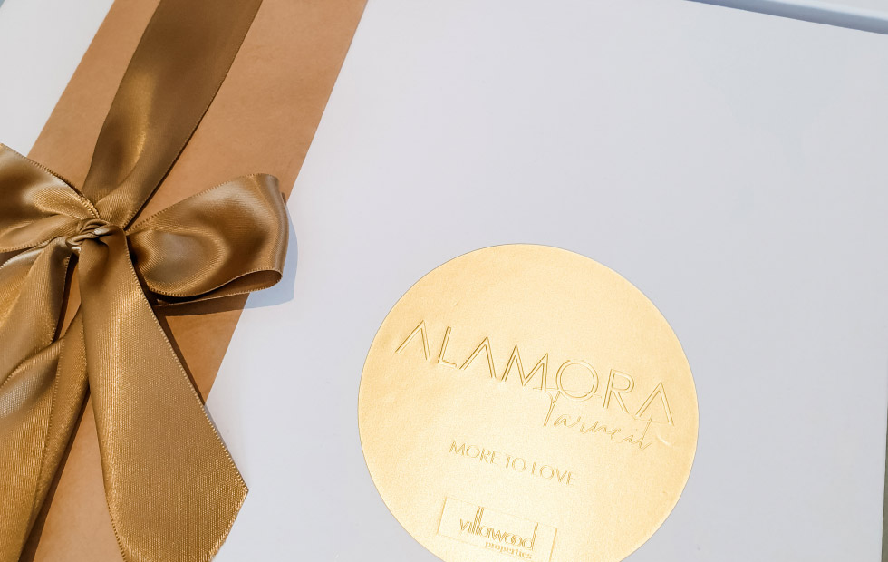 Alamora Gift